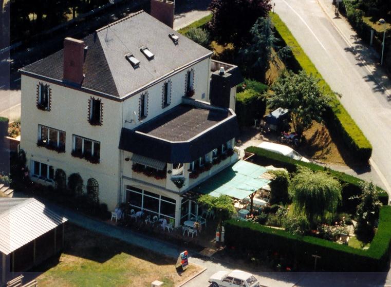 La bâtisse en 2002 après 2 agrandissements